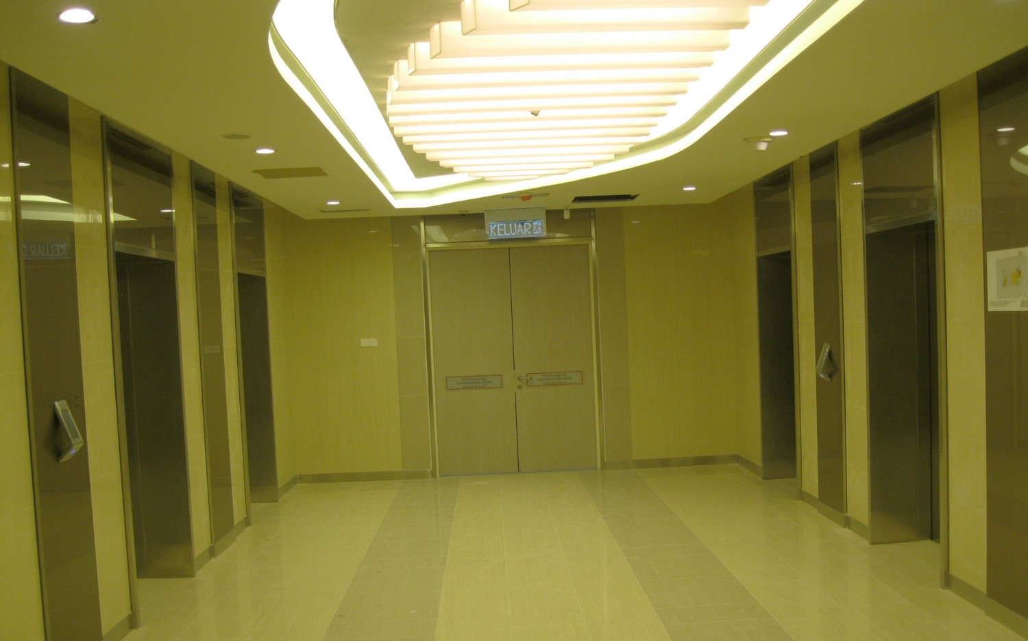 IOI City Tower - Lift Lobby (1)
